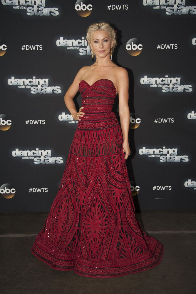 Julianne Hough See All Of The Dancing With The Stars
