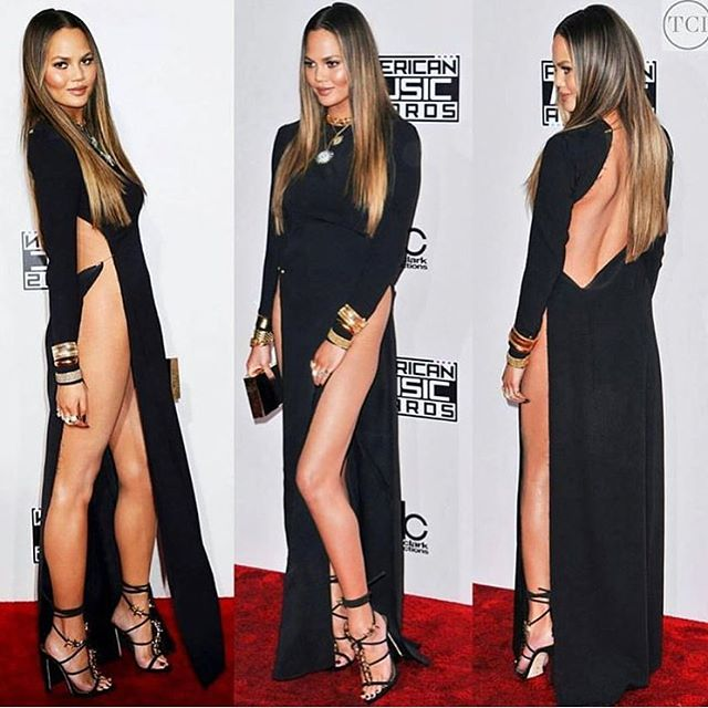 """Chrissy Teigen apologizes for flashing her """"hooha"""" at American ..."""