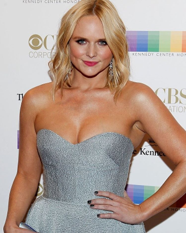 Miranda lambert to host a home for the holidays special for cbs