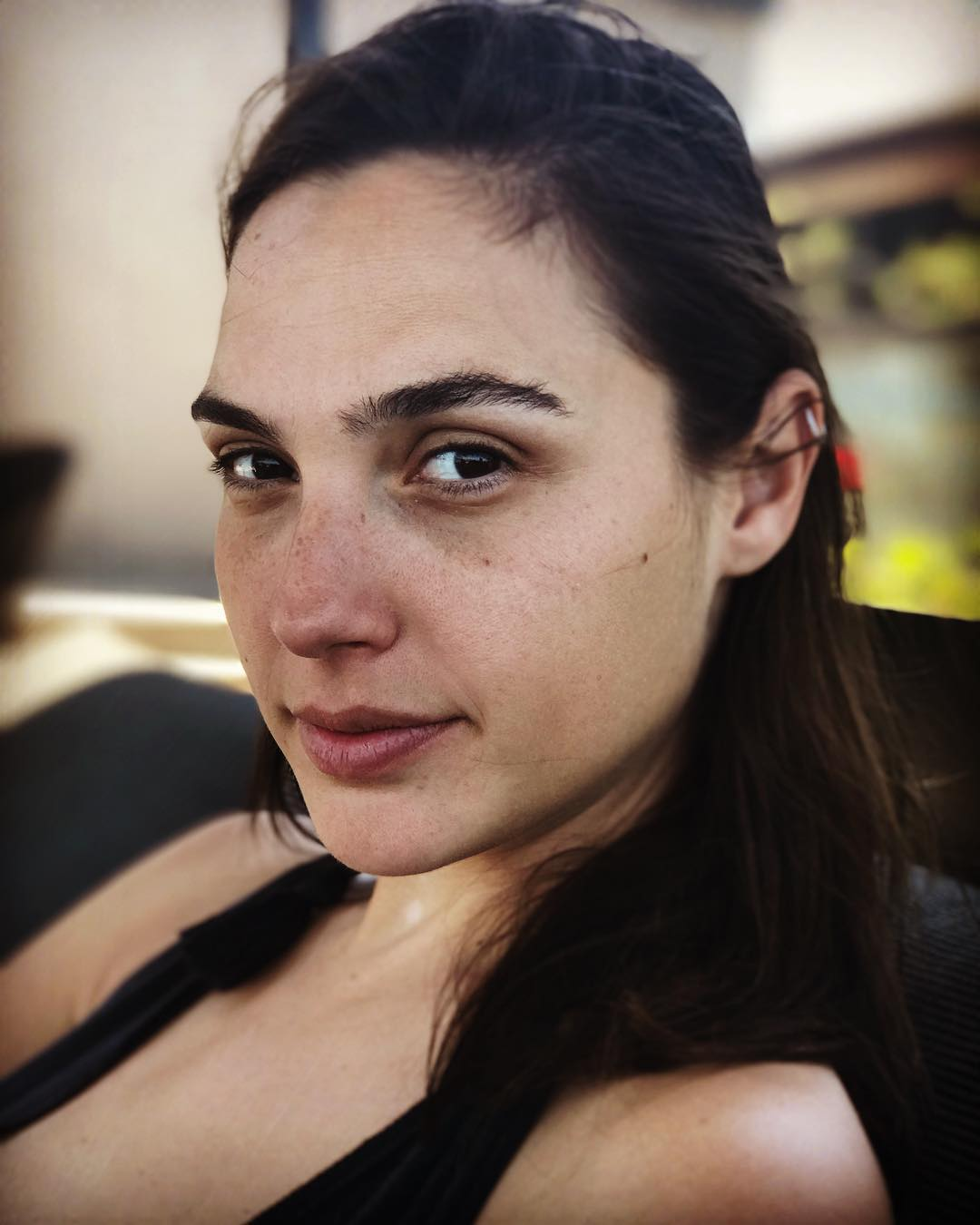 Gal Gadot posts freshfaced photo and talks motherhood - Reality TV World