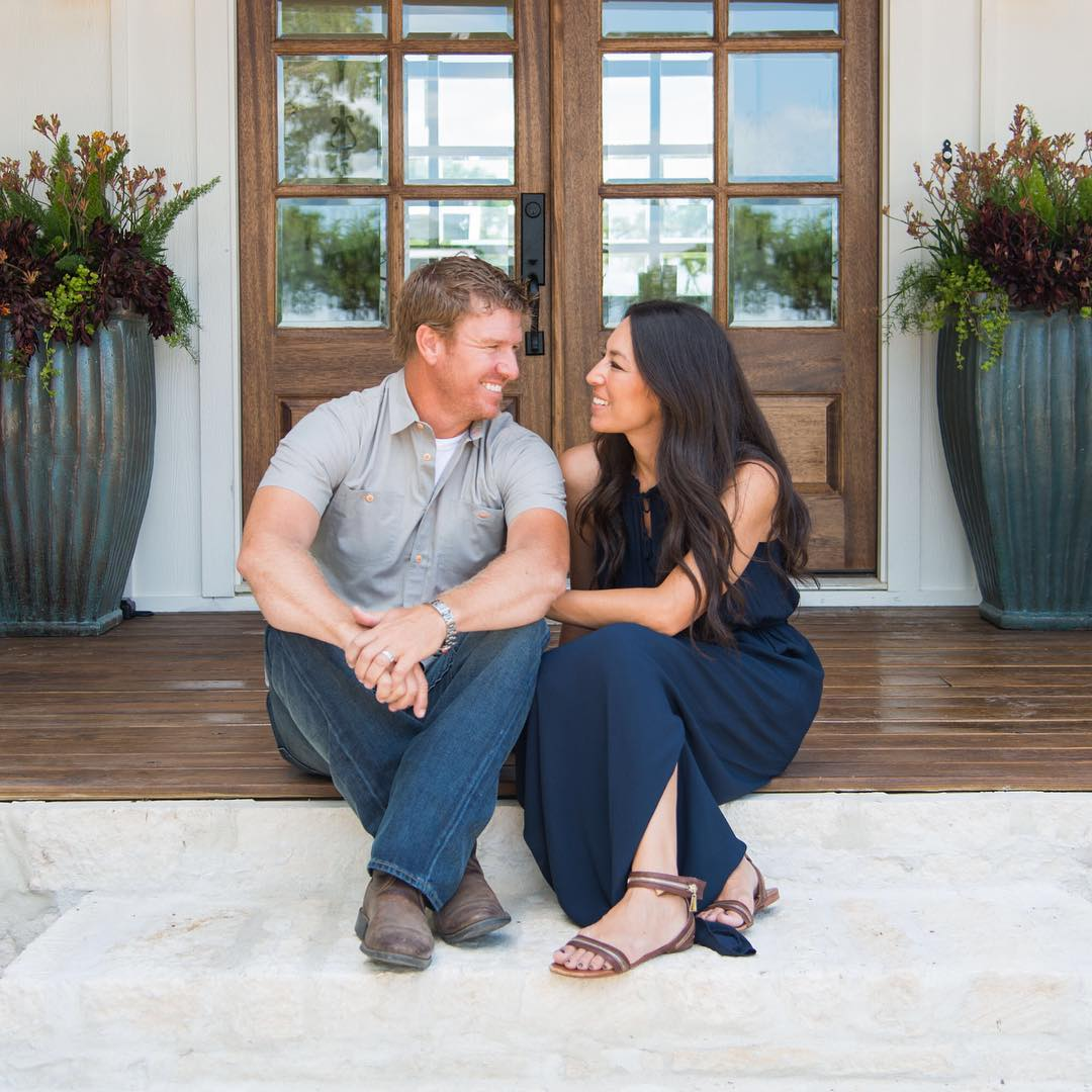Big Brother Global 39 Fixer Upper 39 Couple Chip Gaines And