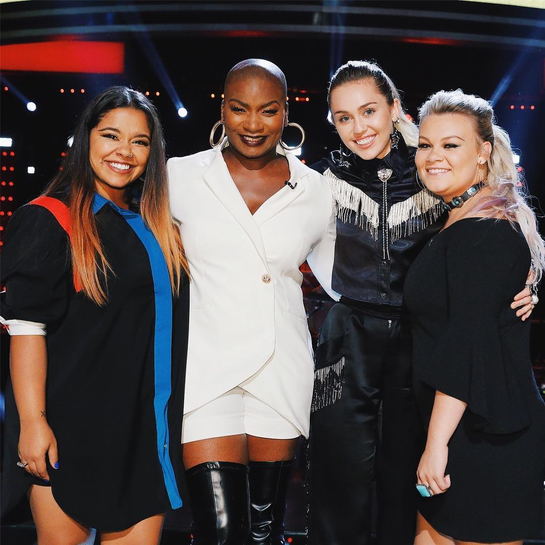39 the voice 39 playoffs wrap as miley cyrus sends brooke for Ashland craft american idol