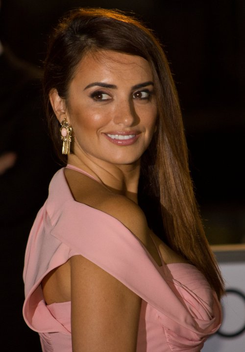 Penelope Cruz's father dies at age 62 - Reality TV World Penelope Cruz