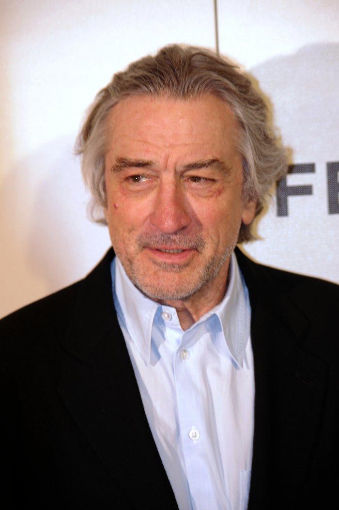 Robert De Niro : Robert de niro on donald trump quot i d like to punch him in
