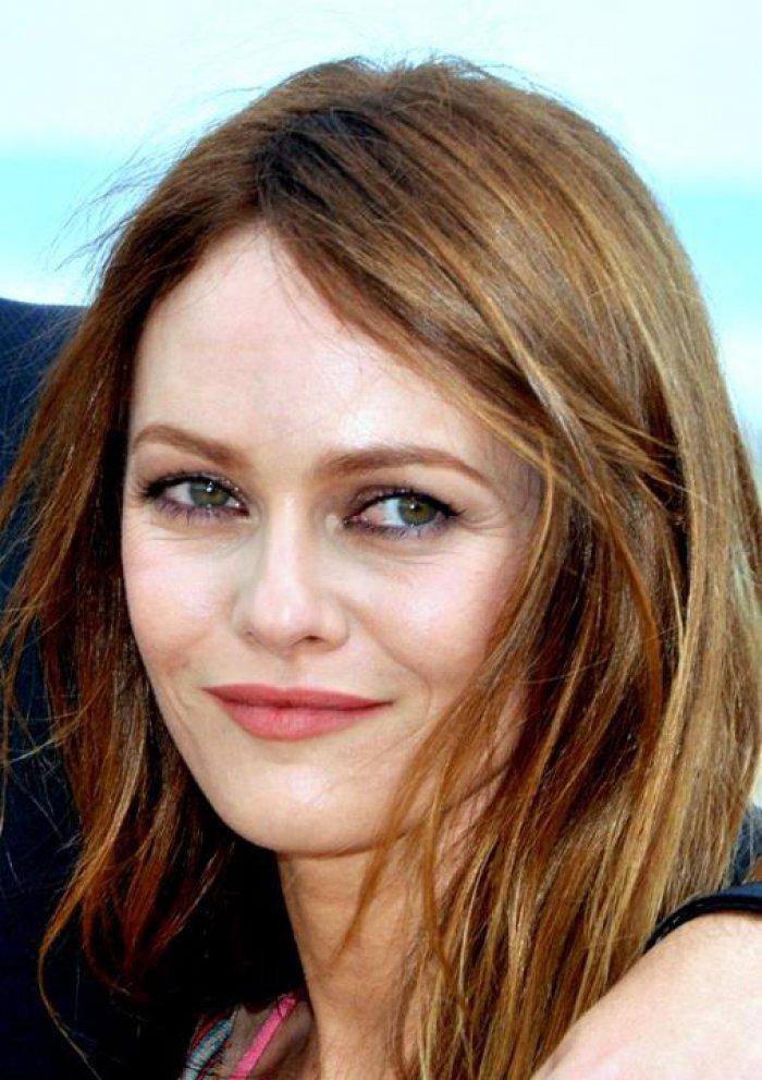 Johnny Depp confirms breakup with partner Vanessa Paradis ... Vanessa Paradis