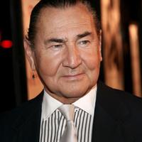 August Schellenberg