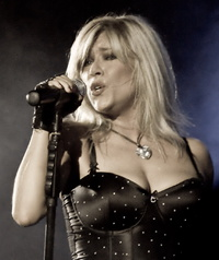 Samantha Fox1