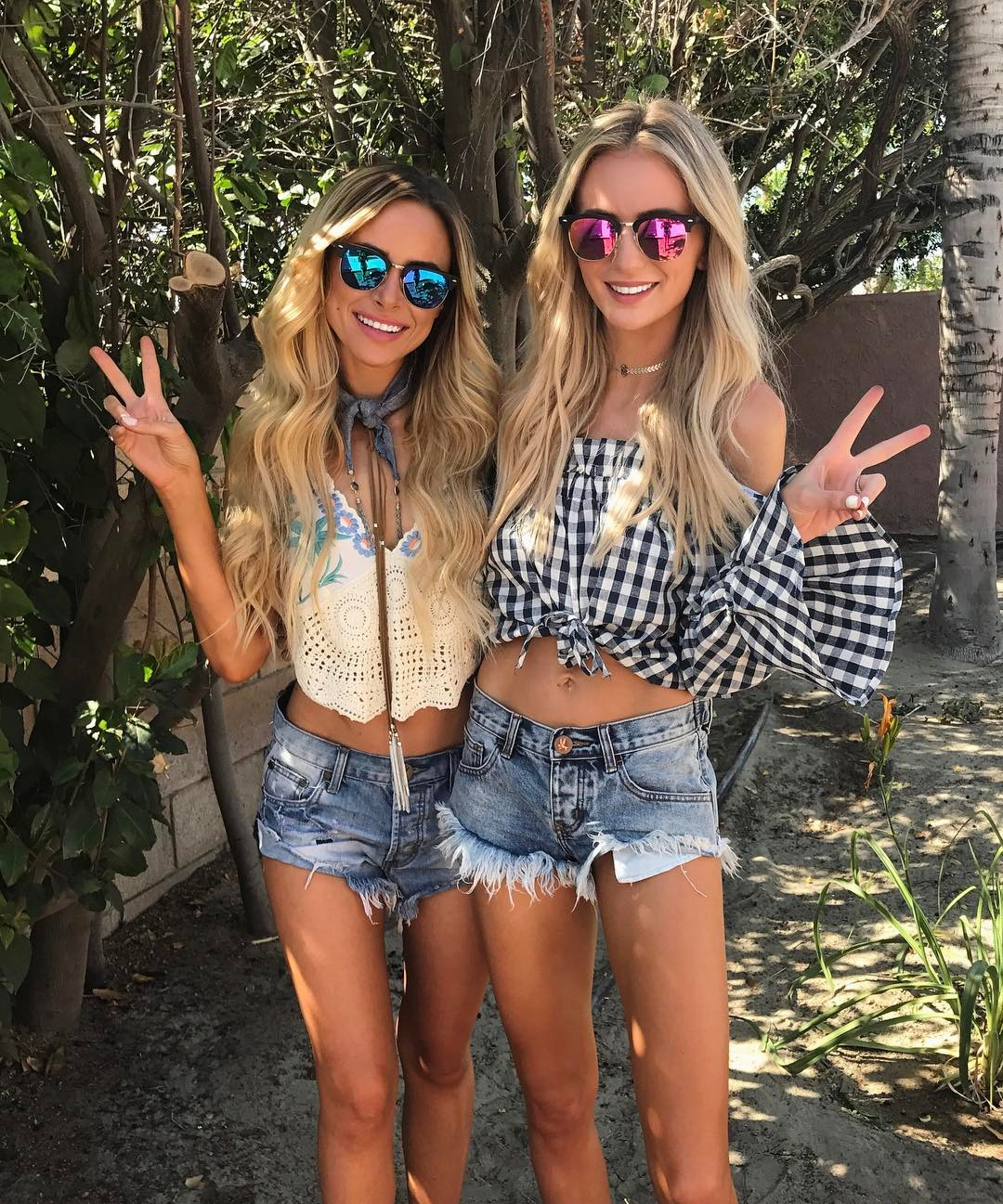 Amanda Stanton and Lauren Bushnell