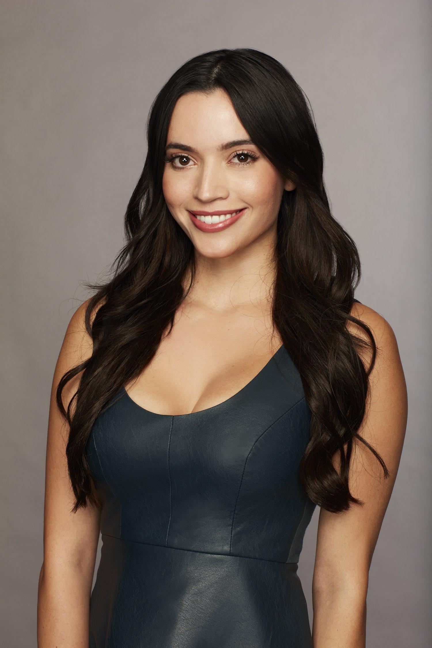 Bachelor 23 - Laura Elise Pellerito - **Sleuthing Spoilers**  4857-o